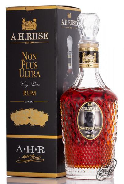 A.H. Riise Non Plus Ultra Rum 42% vol. 0,70l