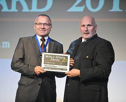 hauser_verleihung_wold_spirits_award